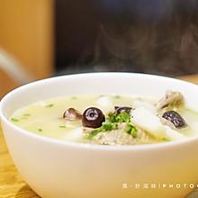 #快手又营养,我家的冬日必备菜品#补气又暖心~红枣山药鸽子汤