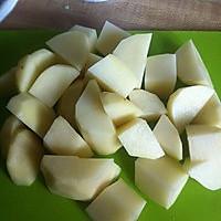 私房土豆炖排骨的做法图解2