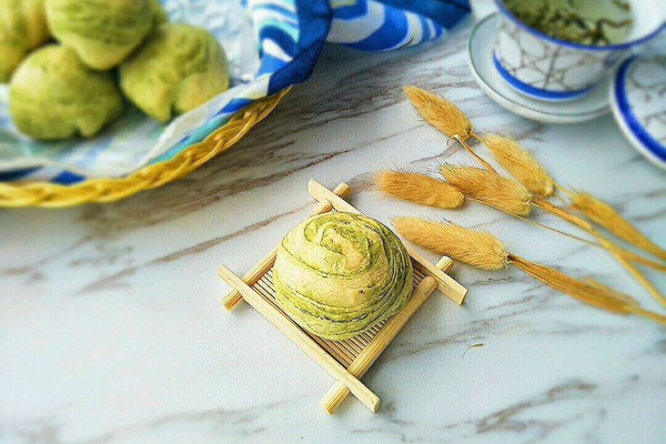 抹茶红豆酥#春天里的一抹绿#的做法