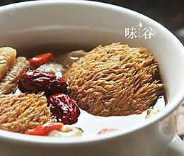 猴头菇炖鸡汤(秋冬养生)的做法