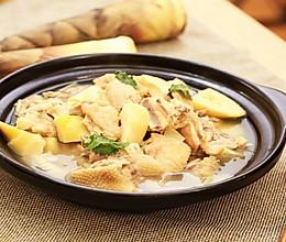 迷迭香:春笋煲鸡汤的做法