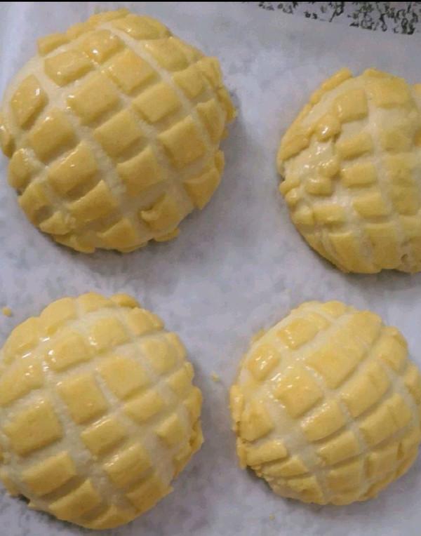 手揉菠萝包的做法