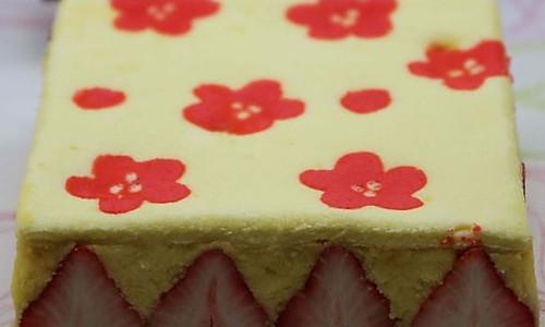 映入眼帘的清新春色草莓系列蛋糕 --- 草莓印花蛋糕的做法