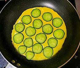 黄瓜鸡蛋卷的做法