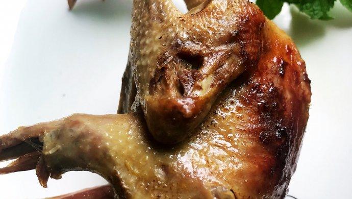 电饭锅盐焗乳鸽