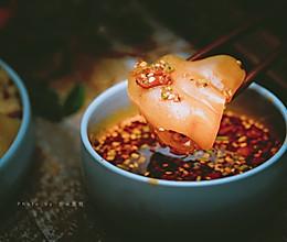 浓汤春笋+白灼猪手#教你用一只猪手烹饪两道菜#的做法