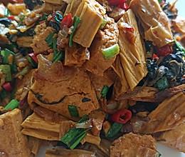 豆腐闷腐竹的做法