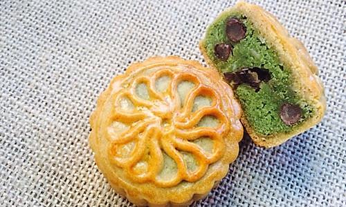 抹茶红豆月饼(附芸豆莲子基底馅做法)的做法