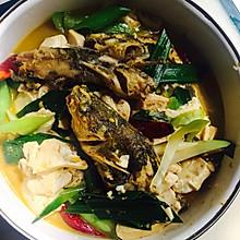 黄丫头(黄辣丁)烧豆腐