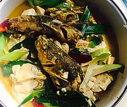 黄丫头(黄辣丁)烧豆腐的做法