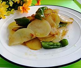 #中秋团圆食味#东北-青椒土豆片的做法