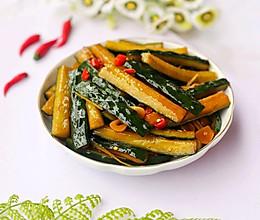 #520,美食撩动TA的心!#低脂爽脆开胃下饭的腌黄瓜条的做法