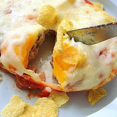 只需摆好材料去微波!惊艳全家的早餐端上桌:香肠奶酪烘蛋