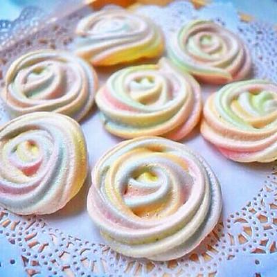 彩虹玫瑰蛋白饼干