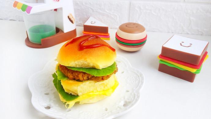#520,美食撩动TA的心!汉堡包(附煎肉饼方法)