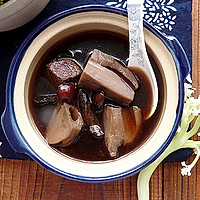 生地莲藕瘦肉汤的做法图解9