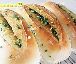 香葱蒜味咸面包的做法