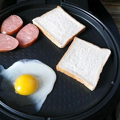 之十分钟搞定美味早餐#利仁电饼铛试用#的做法 步骤3