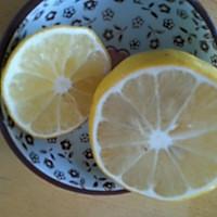 柠檬香剔骨鸡腿肉的做法图解3