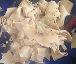白菜炒干豆腐木耳 低卡瘦身菜的做法
