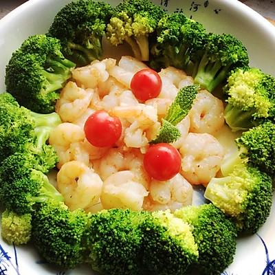 清炒虾仁(配菜西兰花)
