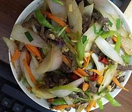 洋葱炒牛柳的做法
