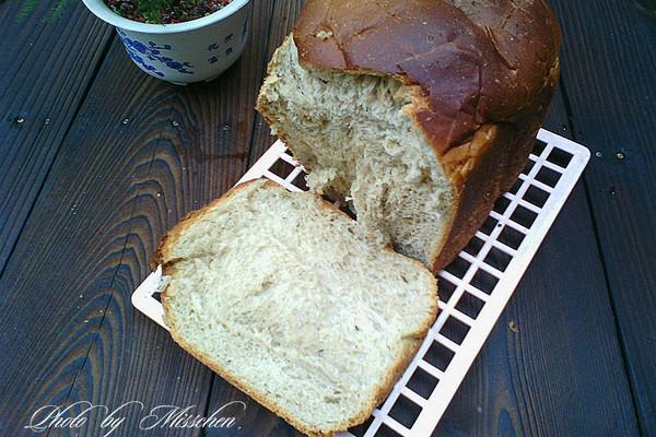 杂粮面包的做法