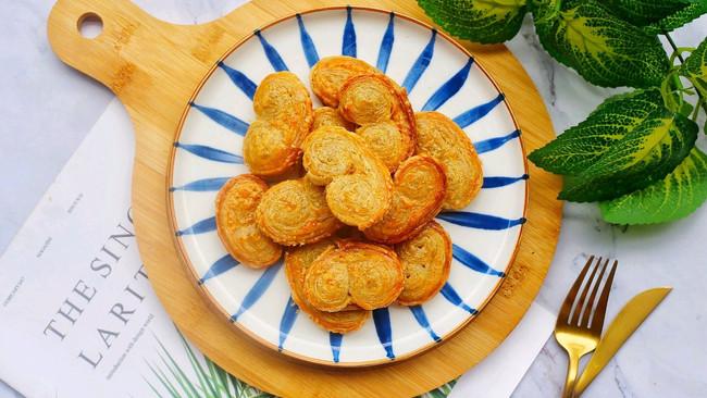 #夏日撩人滋味#酥到掉渣的手抓饼蝴蝶酥的做法