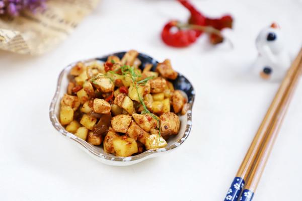 吃肉也减肥:香辣黄瓜鸡丁,家常快手减肥菜的做法