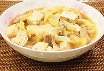 大白菜五花肉炖豆腐的做法