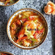 韭黄番茄汁海鲜面