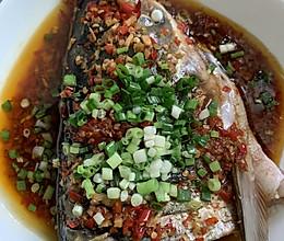 剁椒蒸鱼头的做法
