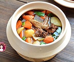 #肉食者联盟# 小鸡炖土豆胡萝卜的做法
