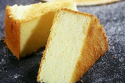 超详细8寸戚风蛋糕不开裂(君之博客方子)详细蛋白打发过程