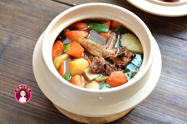 小鸡炖土豆胡萝卜的做法