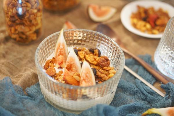健康早餐|香香脆脆的格兰诺拉燕麦、坚果,营养丰富、健康快捷的做法