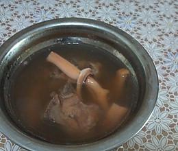 墨鱼汤的做法