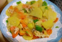 荷仙菇烩三片(土豆片、胡萝卜片、青椒片)~~鲜美啊~的做法