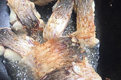 煎鱼--不粘锅的技巧