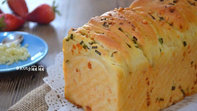 """【蒜香乳酪手撕面包】适合众人分享的""""咸鲜小吃"""""""