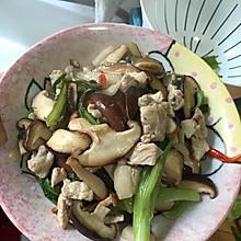 香菇肉片油麦菜