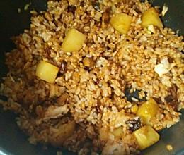 懒人香菇鸡蛋土豆闷饭的做法