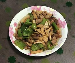 杏鲍菇五花肉的做法