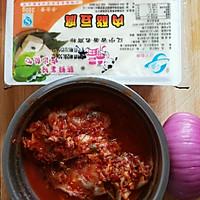 减肥餐  辣白菜豆腐汤的做法图解1