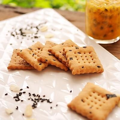 植物油版芝麻海苔苏打饼干