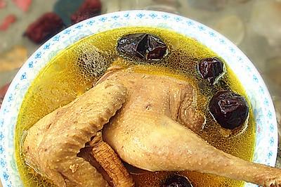 红枣参鸡汤