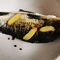 鲫鱼豆腐汤,每周一次提高免疫力的做法图解1