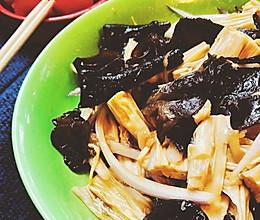 快手凉拌菜~洋葱木耳拌腐竹的做法