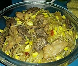 黄豆芽炒牛肉的做法