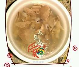 冬季调理肠胃:芡实清汤的做法